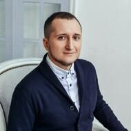 Максим Кретов